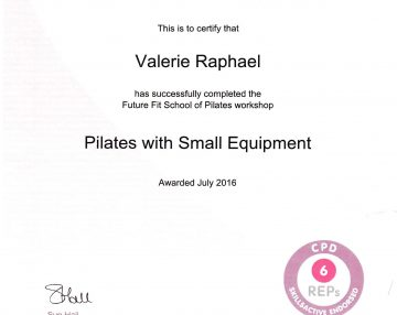 Pilates with small equipment